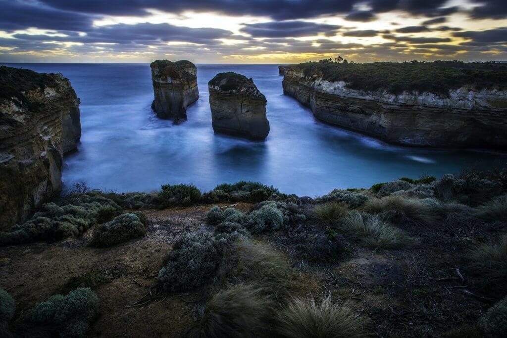 loch-ard-gorge-victoria-australia.jpg